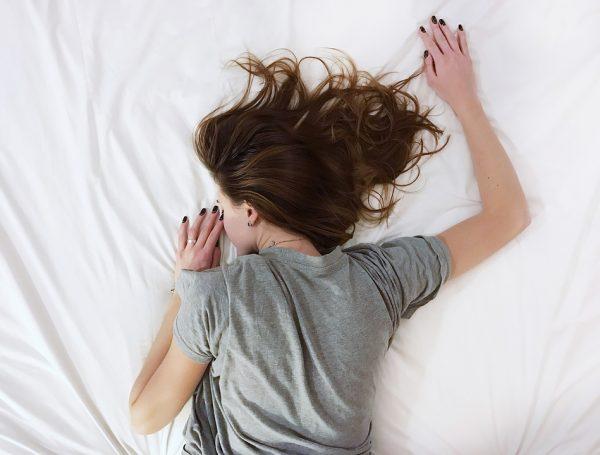 育児に寝不足はつきもの?パパやママの睡眠時間を徹底調査