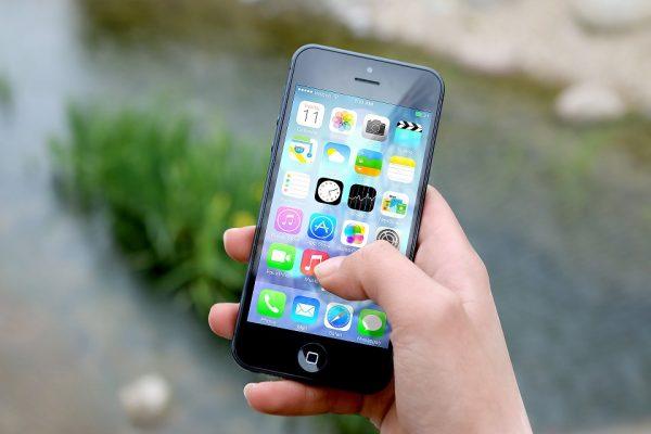 手軽で便利!スマホで子どもの成長を記録しよう!育児アプリ5選